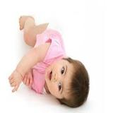Как научить ребенка правильно переворачиваться