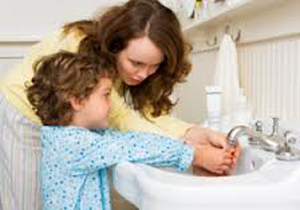 Как научить ребенка умываться