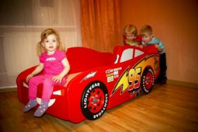 Кровать машина для детей