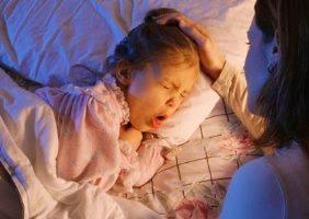 АКДС - это прививка детям от коклюша, столбняка, дифтерии