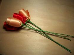 Поделки из лент розы для мамы