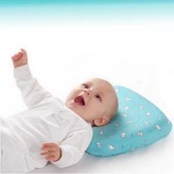 Ортопедическая подушка для новорожденных: фото